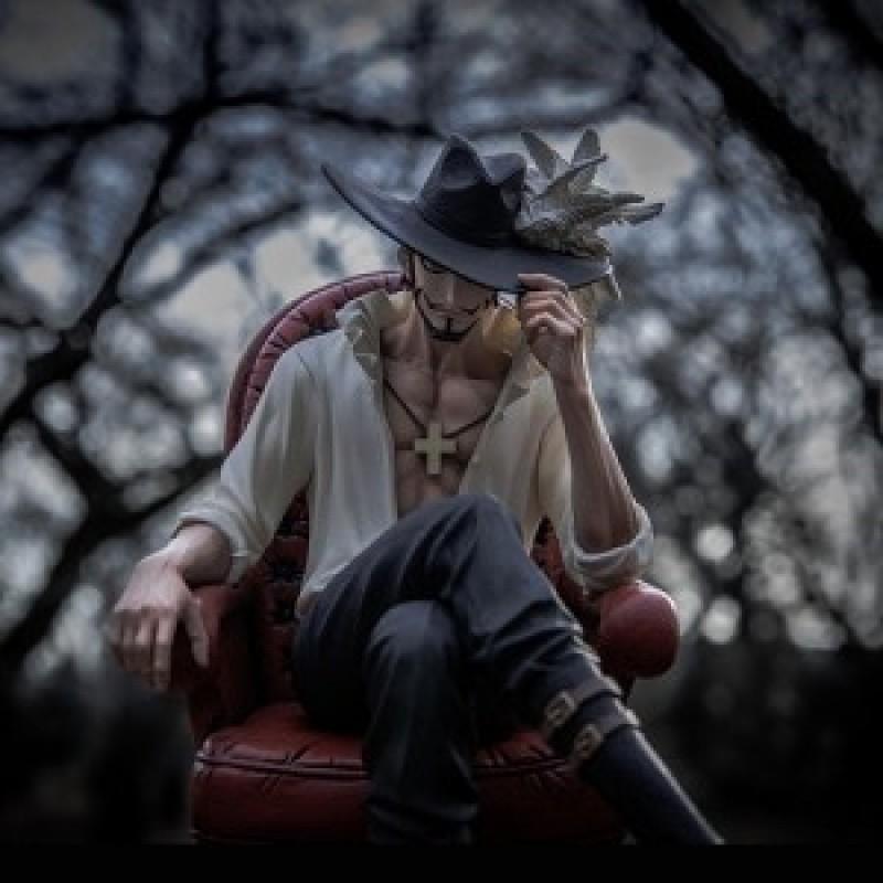 Figurine Mihawk  - One Piece Hors Stock