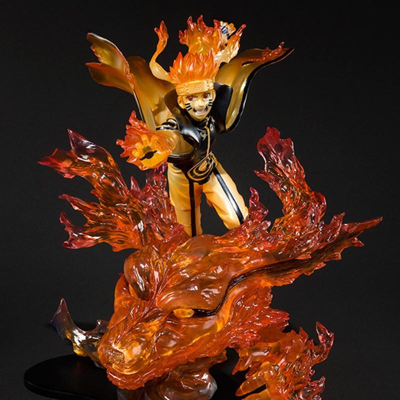 Naruto Shippuden Figurine Naruto Uzumaki Kurama Susanoo version dans la  gamme Figuarts Zero fabricant Bandai Tamashii. Statuette de Naruto en PVC,